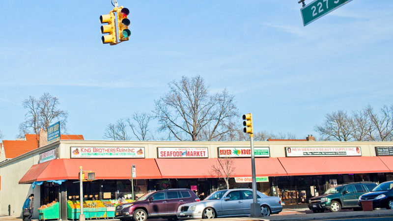 laurelton singles Pleasant & underrated suburban community part of jamaica, laurelton is a  peaceful neighborhood with  families with kids retirees professionals  singles.