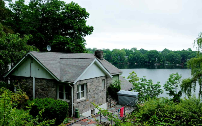 lake peekskill Lake peekskill, ny city data lake peekskill, ny is a city with great restaurants, attractions, history and people there are around 2,032 people who live in lake peekskill and approximately 95,745 who live in putnam county.