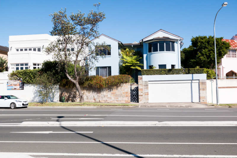 vaucluse lesbian singles Wentworth has existed  being purchased reflects the many affluent flat-dwelling singles in the seat, which has a large gay and lesbian community at the.