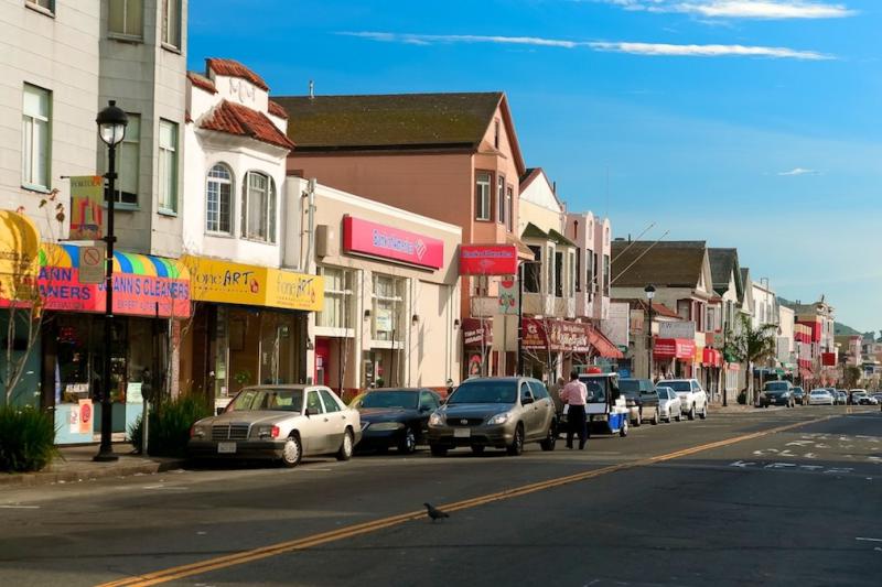 Portola Guide, Moving To San Francisco  Streetadvisor-8970