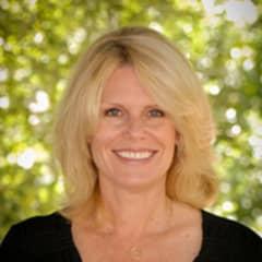 Leslie Olinger