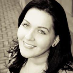 Melanie McConnell