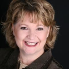 Lori Lindholm