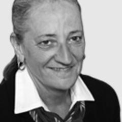 Elaine Ralph