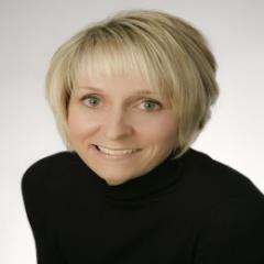 Courtney Kylander