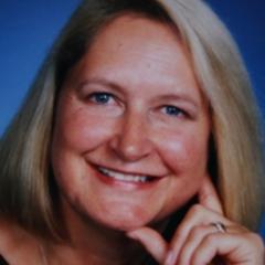 Carola Esnouf