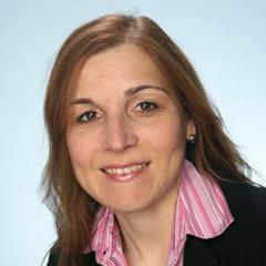 Stephanie Danias