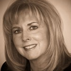 Susan DeCurtis